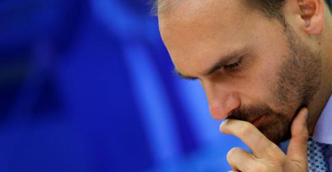 Eduardo assume liderança do PSL, nova lista busca tentar devolver cargo a Waldir