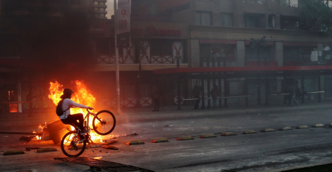 Temporada da revolta: protestos explodem ao redor do mundo