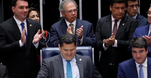 Guedes comemora aprovação da Previdência e confirma pacto federativo para próxima semana