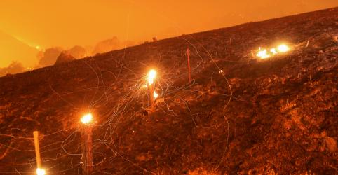 Placeholder - loading - Incêndios na Califórnia forçam cerca de 40 mil pessoas a saírem de casa