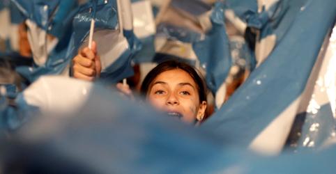 Placeholder - loading - BC da Argentina reduz limite de compra a US$200 por mês