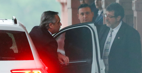 Placeholder - loading - Fernández e Macri se reúnem para discutir governo de transição na Argentina