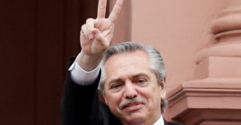 Placeholder - loading - Fernández se reúne com Macri para discutir transição, com futuro incerto na Argentina