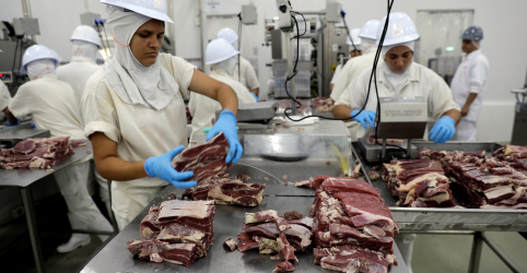 EUA pedem mais informações sobre carne bovina do Brasil e mantêm veto ao produto