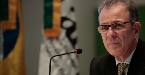 Brasil vai relicitar áreas do pré-sal que eventualmente não forem vendidas, diz ministro