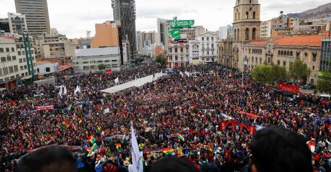 Placeholder - loading - Imagem da notícia Morales desafia pedidos de renúncia e oposição planeja novo protesto