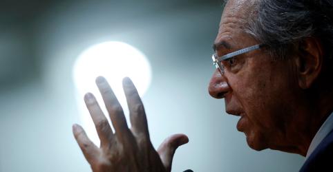 Placeholder - loading - Imagem da notícia ENTREVISTA-Brasil deve voltar a ter grau de investimento em 2020, diz Guedes