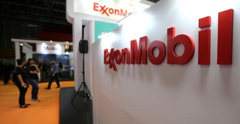 Placeholder - loading - Imagem da notícia EXCLUSIVO-Após revés em negociações com Exxon, Petrobras ficou isolada em leilões, dizem fontes