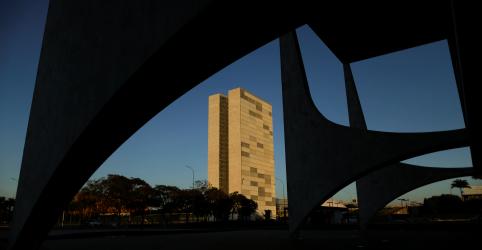 Congresso promulga reforma da Previdência em cerimônia sem Bolsonaro