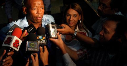 Ex-jogador colombiano Asprilla diz que traficante se ofereceu para assassinar Chilavert