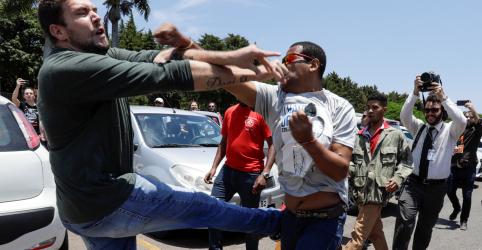 Bolsonaro repudia interferência de atores externos em situação na embaixada da Venezuela em Brasília