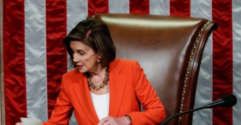 Pelosi diz que Trump admitiu suborno; inquérito de impeachment se intensifica
