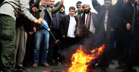 Placeholder - loading - Trump diz que Irã está matando milhares de manifestantes