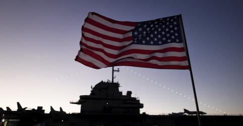 Placeholder - loading - Imagem da notícia Membro da Marinha dos EUA mata duas pessoas na base de Pearl Harbor