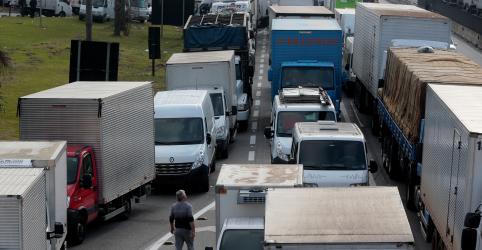 Placeholder - loading - Possibilidade de greve de caminhoneiros é pequena, diz porta-voz da Presidência