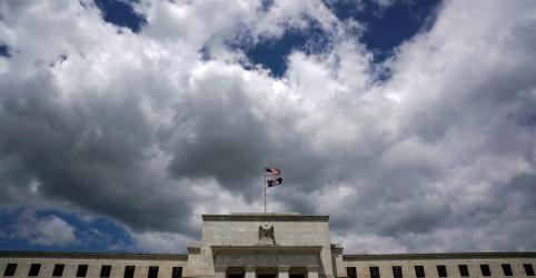 Placeholder - loading - Imagem da notícia Após um ano vivendo perigosamente, Fed deve sinalizar que é hora de ser discreto