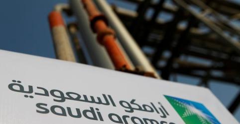 Placeholder - loading - Imagem da notícia Ações da Saudi Aramco sobem 10% em estreia na bolsa saudita