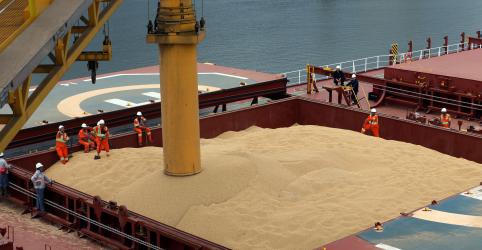 Brasil elevará exportação de soja em 2020 com foco na China e menor safra dos EUA