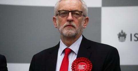 Placeholder - loading - Imagem da notícia Corbyn diz que renunciará após pior resultado de trabalhistas em eleições desde 1935
