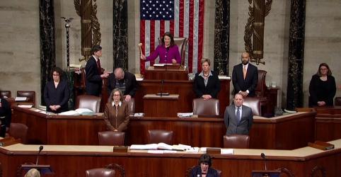 Placeholder - loading - Imagem da notícia Pelosi diz que Trump é ameaça aos EUA antes de votação de impeachment na Câmara