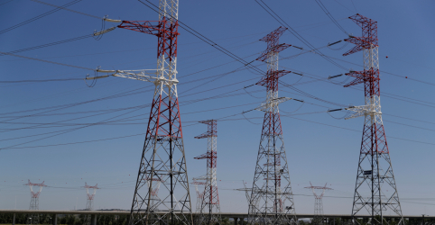 Placeholder - loading - Leilão de projetos de transmissão de energia tem deságio recorde e atrai R$4,2 bi