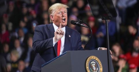 Placeholder - loading - Menos da metade dos norte-americanos quer remoção de Trump após impeachment, diz Reuters/Ipsos
