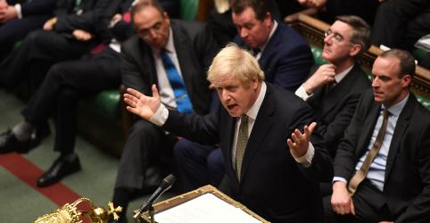 Johnson cumpre promessa e vence votação do Brexit antes do Natal