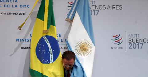 Placeholder - loading - Imagem da notícia ESPECIAL-Com economias dependentes, Brasil e Argentina tentam superar desconfianças