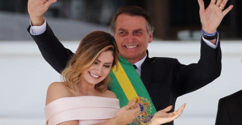 Bolsonaro assume, reforça compromissos de campanha e evita detalhar medidas na economia