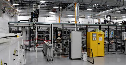 Atividade manufatureira nos EUA cai em dezembro para menor nível em dois anos