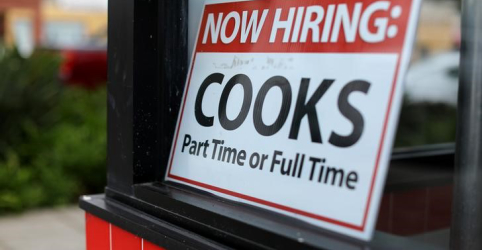 Criação de vagas de empregos nos EUA salta em dezembro; taxa de desemprego cresce
