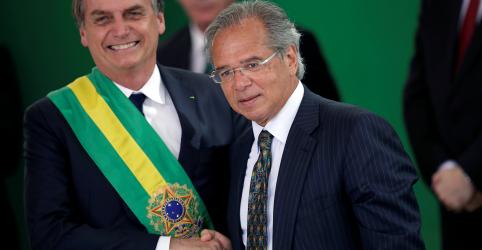 Placeholder - loading - Imagem da notícia Guedes tece elogios a Bolsonaro e diz que equipe é sintonizada