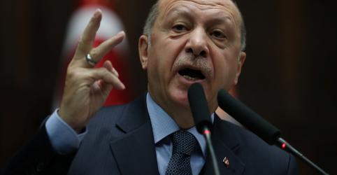 Placeholder - loading - Imagem da notícia Erdogan critica assessor de segurança dos EUA por comentário sobre milícia curda na Síria