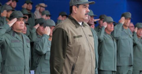 Placeholder - loading - Imagem da notícia Venezuela torturou militares acusados de conspiração, dizem grupos de direitos humanos