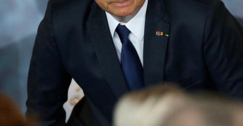 Placeholder - loading - Imagem da notícia AGU mudará posição e vai defender prisão após segunda instância, diz Bolsonaro