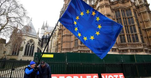 EXCLUSIVO-Maiores financiadores de campanha do Brexit dizem que Reino Unido não deixará UE