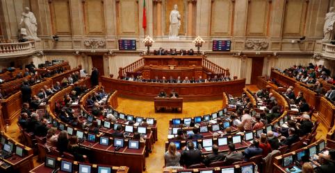Placeholder - loading - Imagem da notícia Portugal aprova lei que amplia definição de estupro