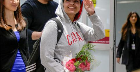 Placeholder - loading - Imagem da notícia Jovem saudita que fugiu da família chega ao Canadá
