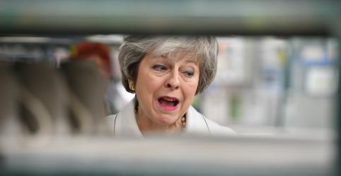 Placeholder - loading - Deem uma segunda olhada em acordo sobre Brexit, pede premiê britânica a parlamentares
