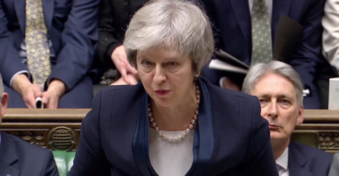 Parlamento britânico rejeita acordo do Brexit negociado por May