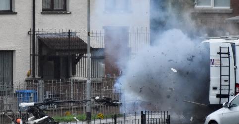 Duas vans são roubadas e abandonadas na Irlanda do Norte dias após explosão de carro-bomba