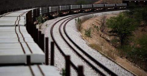 Governo deve privatizar mais aeroportos e ferrovias, diz secretário do PPI