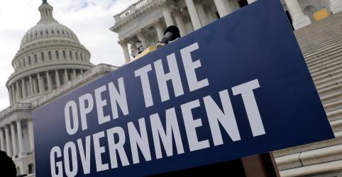 Senado dos EUA fará votação para tentar encerrar paralisação do governo e impasse sobre muro
