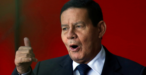 Placeholder - loading - Mourão volta a dizer que é preciso investigar Flávio Bolsonaro e punir se for o caso