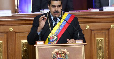 Placeholder - loading - Imagem da notícia Maduro anuncia rompimento de relações diplomáticas com os EUA