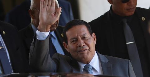 Placeholder - loading - Mourão questiona até onde vai apoio dos militares venezuelanos a Maduro