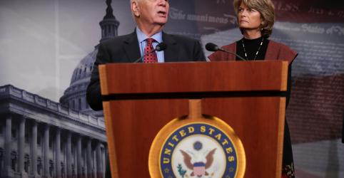 Placeholder - loading - Imagem da notícia Parlamentares dos EUA buscam solução conforme paralisação do governo continua