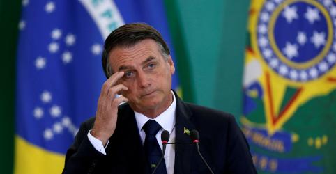 Placeholder - loading - Bolsonaro vai sobrevoar área de rompimento de barragem em MG no sábado