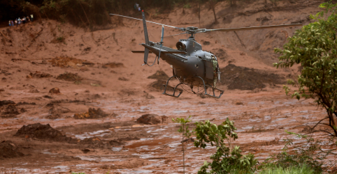 Placeholder - loading - Imagem da notícia Buscas são retomadas em Brumadinho após normalização de barragem de água