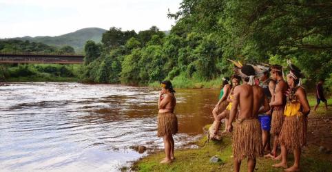 Placeholder - loading - Rompimento de barragem deixa índios com pouca oferta de água potável, diz Funai